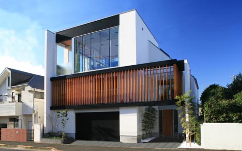 木造でつくる三階建て