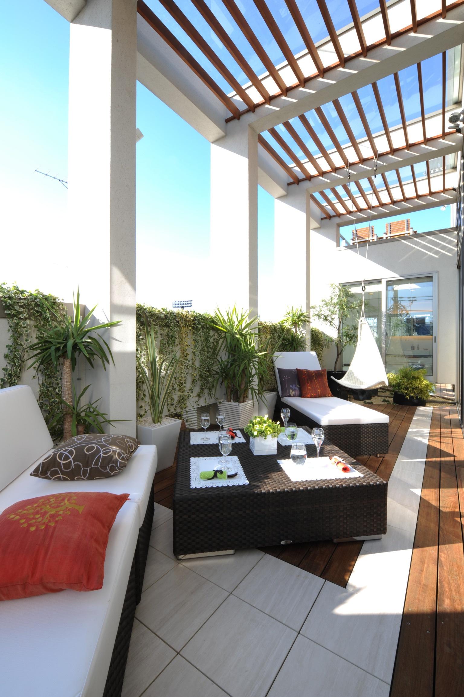 お家でリゾート気分が味わえる、バルコニーの壁面緑化