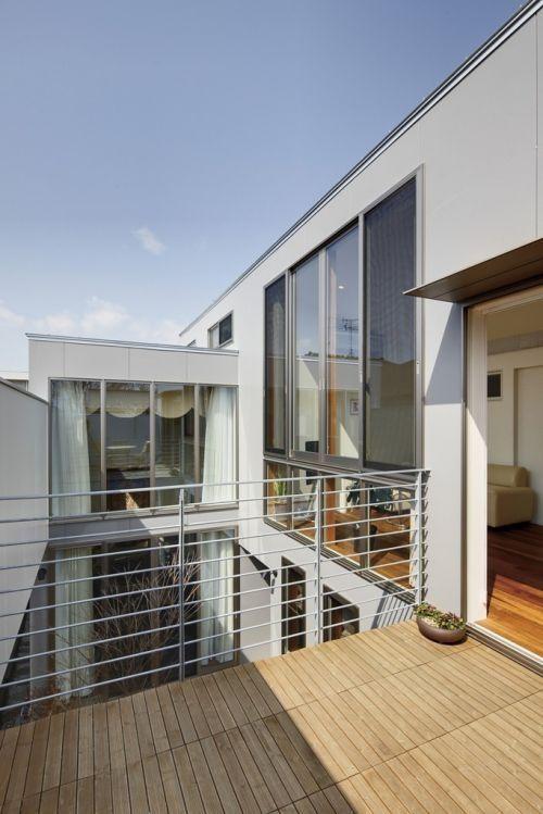 パティオを設けた家だからこその、大胆な間取りとデザイン