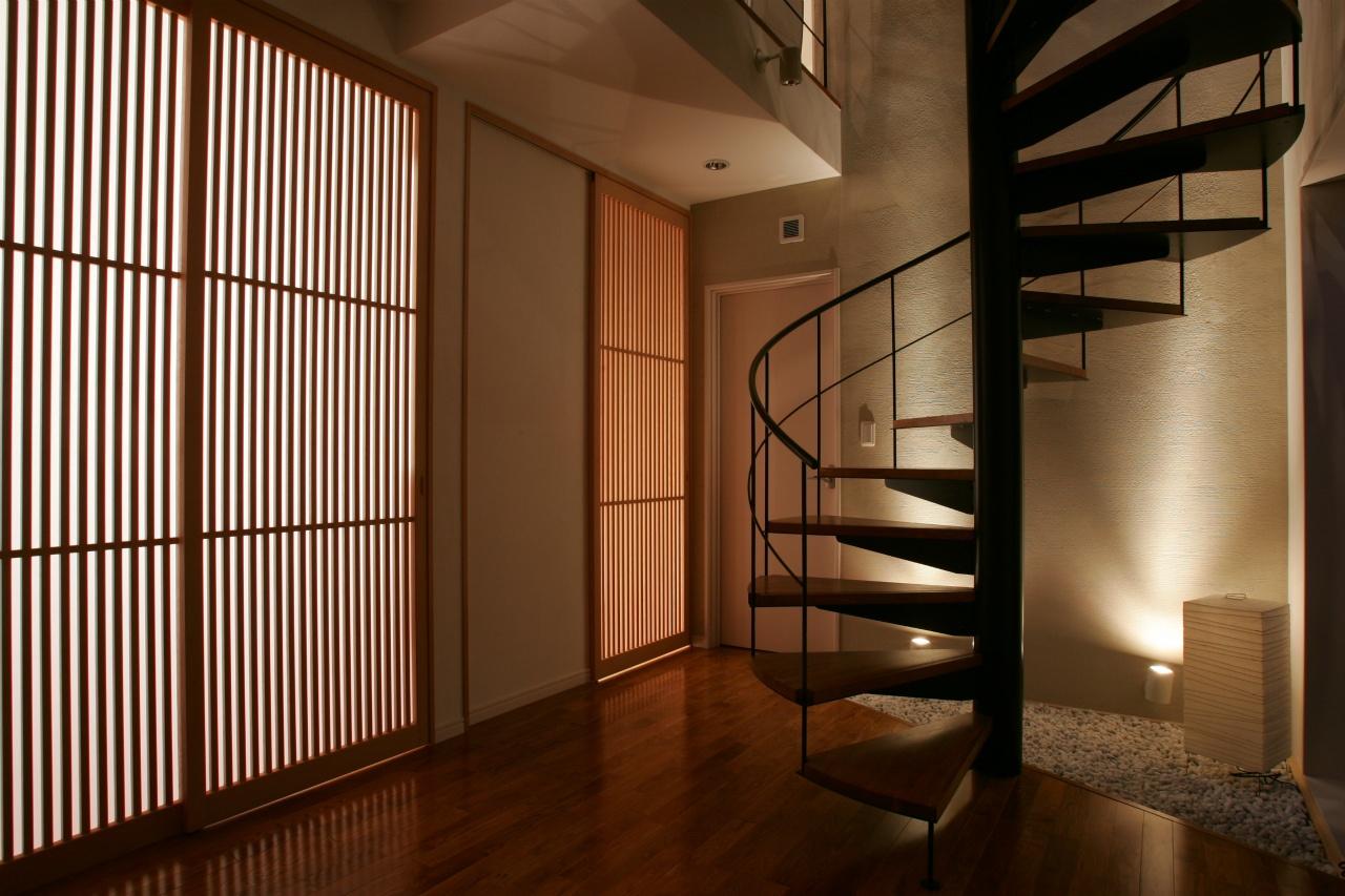 オブジェのような存在感のある階段デザイン