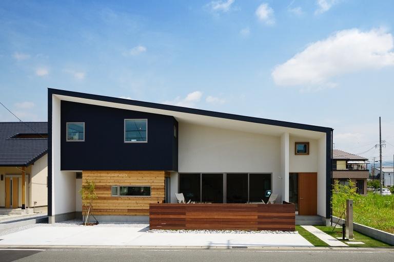 愛知県の注文住宅・片流れの平屋
