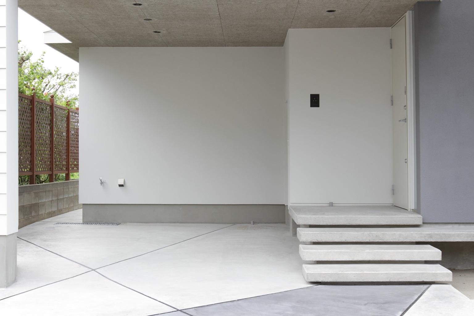 開放性のあるガレージハウス