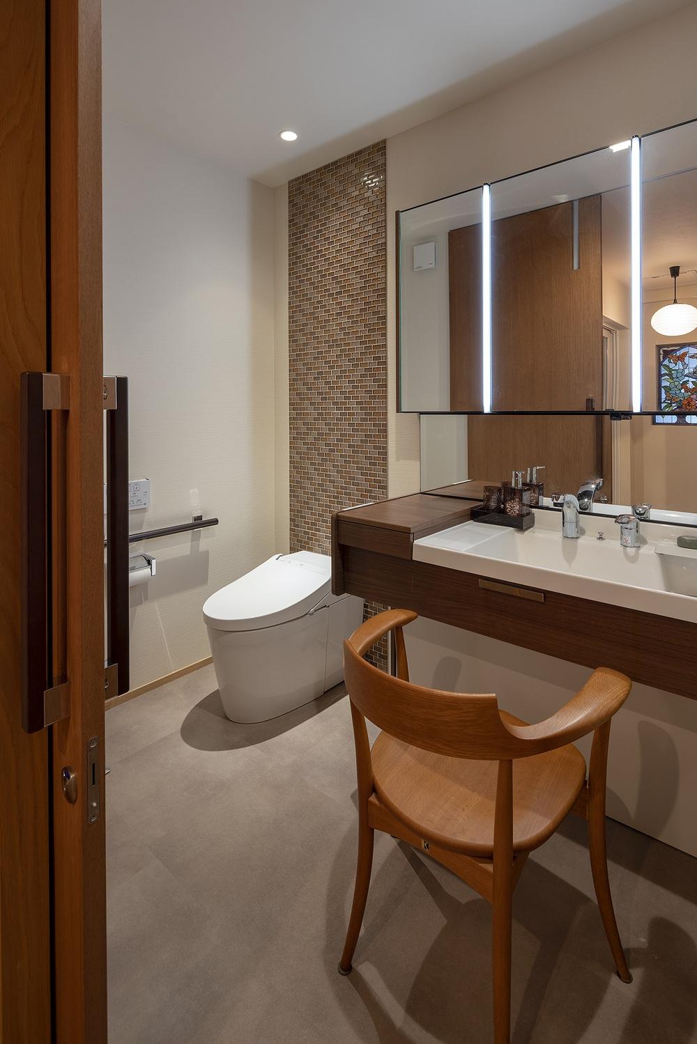 二世帯住宅のバスルーム