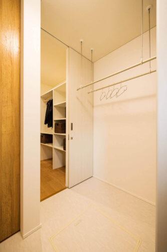新潟の室内物干しスペース
