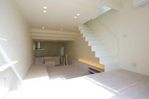 スキップフロアとリビング階段